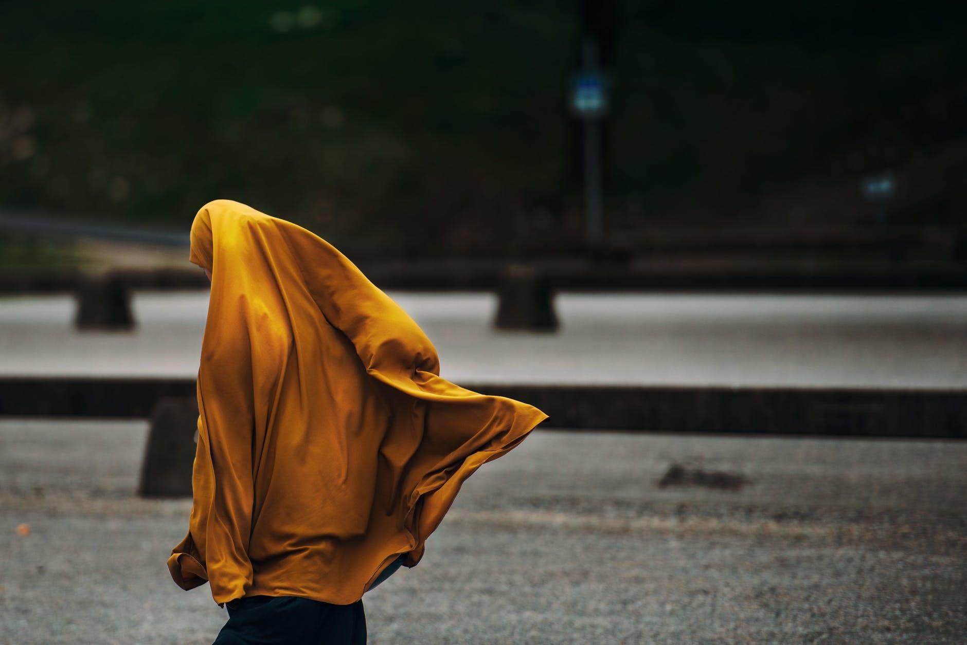hijab muslim street woman