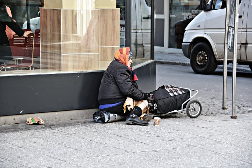 poverty, homeless, frankfurt